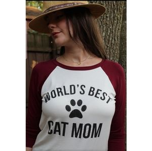 """World's Best Cat Mom"" Graphic 3/4 Sleeve Tee"